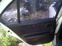 Обшивка двери. Nissan Bluebird, HU14