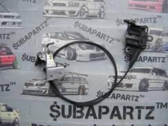 Тросик замка капота. Subaru Legacy, BL5, BL9, BLE, BP5, BP9, BPE, BPH Subaru Legacy B4, BL5 Двигатели: EJ203, EJ204, EJ20C, EJ20X, EJ20Y, EJ253, EJ255...