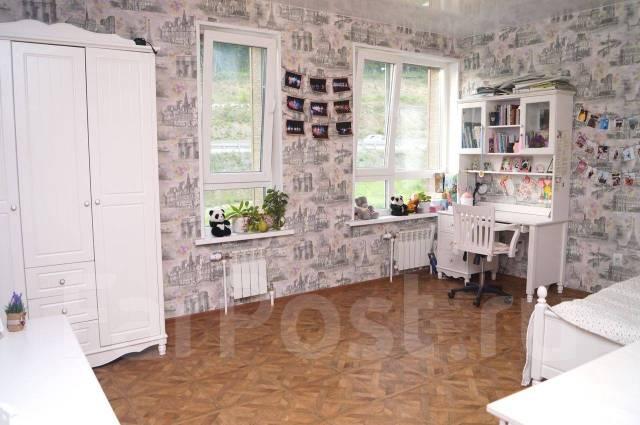 3-комнатная, улица Басаргина 38. Патрокл, частное лицо, 130кв.м. Интерьер