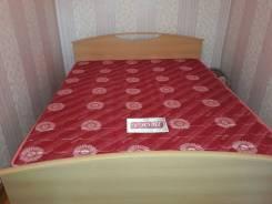 Продам кровать двуспальная с матрацем 165x205