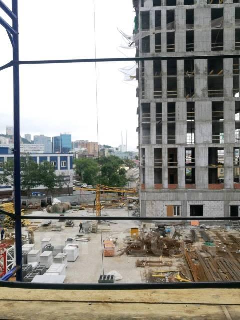 2-комнатная, улица Фонтанная 3. Центр, застройщик, 82кв.м. Вид из окна днём