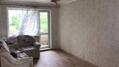 3-комнатная, улица Служебная 15а. Центральный, частное лицо, 64кв.м.