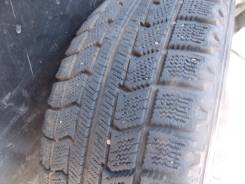 Bridgestone. Зимние, без шипов, 2006 год, 40%, 1 шт