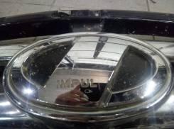 Эмблема решетки. Nissan Fuga, HY51, KNY51, KY51, Y51