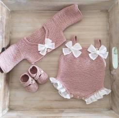 Пошив и вязание детской и женской одежды под заказ.