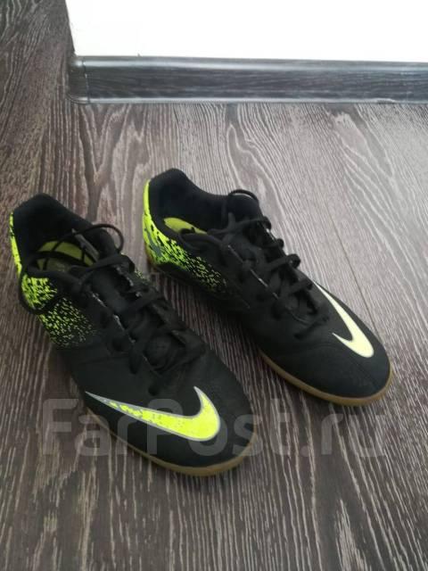 b6f2847c Продам б/у футбольные бутсы nike (футзалки), р37 - Детская обувь во ...