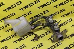 Цилиндр главный тормозной. Toyota Regius Ace, KZH100, KZH106, KZH110, KZH116, KZH120, KZH126, KZH132, KZH138, LH110, LH113, LH115, LH117, LH119, LH120...