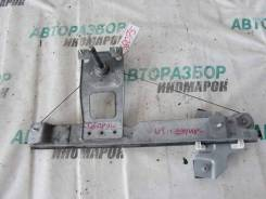 Стеклоподъемник механ. задний правый Renault Sandero 1 2009-2014г