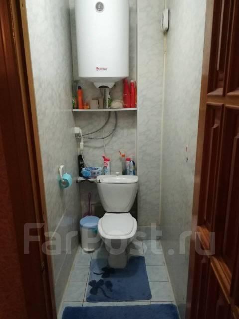 2-комнатная, улица Первомайская 24. Ж/д вокзал, частное лицо, 55кв.м. Сан. узел