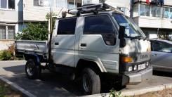 Toyota Hiace. , 2 400куб. см., 1 500кг., 4x4