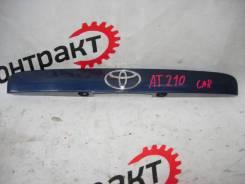 Декоративная планка багажник Toyota Carina