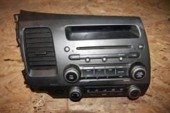Магнитола, блок управления печкой Honda Civic 4D. Honda Civic, FA1, FA3, FA5, FD1, FD2, FD3, FD7, FG1, FG2, FK1, FK2, FK3, FN1, FN2, FN3, FN4 Двигател...