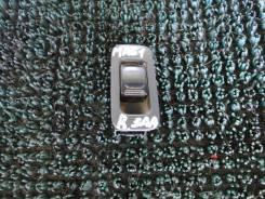 Кнопка стеклоподъемника правый задний Suzuki wagon r plus MA61S k10a