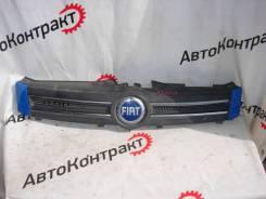 Решетка радиатора Fiat Panda