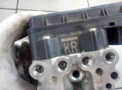 Блок управления abs. Nissan Fuga, HY51, KNY51, KY51, Y51