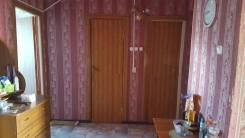 3-комнатная, улица Квартальная 8. Надеждинский район, частное лицо, 60кв.м. Прихожая