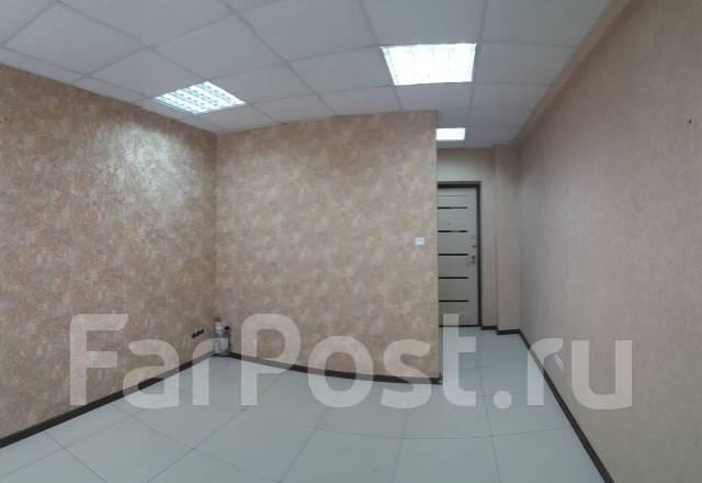 Продам офисное помещение с санузлом и отдельным входом. Улица Ватутина 4д, р-н 64, 71 микрорайоны, 20кв.м.