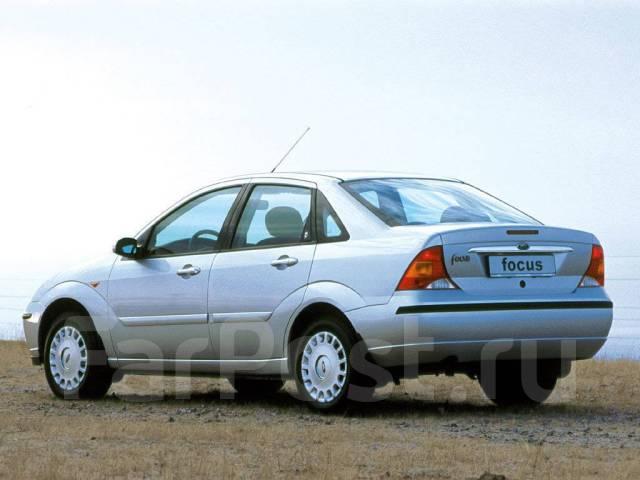 Уплотнитель стекла двери передний, правый Ford Focus 1998-2005 (CAK) Focus 1 DFW DNW DBW 98-05г