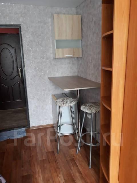 5-комнатная, улица Аксенова 47. Индустриальный, агентство, 9,0кв.м.