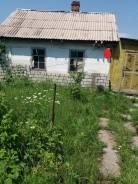 Продается дом с земельным участком. Льва Толстого, р-н недалеко от центра, площадь дома 18кв.м., от частного лица (собственник). Дом снаружи