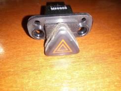 Кнопка включения аварийной сигнализации. Chevrolet Aveo, T300