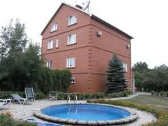 Продам коттедж. Улица Серова 24б, р-н Седанка, площадь дома 603кв.м., централизованный водопровод, электричество 30 кВт, отопление электрическое, от...