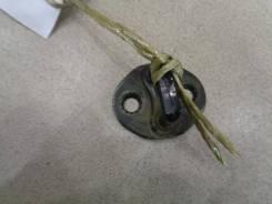 Ответная часть замка двери Mitsubishi Mirage 5