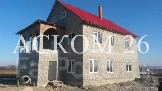 Продается хороший дом с земельным участком в п. Соловей-Ключ. Луговая 10а, р-н Соловей-Ключ, площадь дома 326кв.м., скважина, электричество 15 кВт...