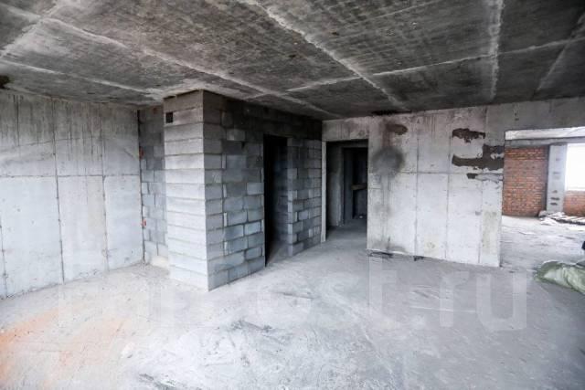 2-комнатная, улица Байдукова 2. Вторая речка, застройщик, 60кв.м. Сан. узел