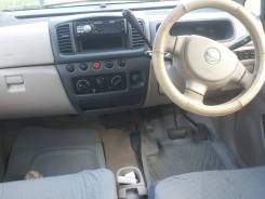 Nissan Moco. автомат, передний, 0.7 (54л.с.), бензин, 107тыс. км