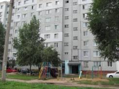 3-комнатная, улица Ломоносова 82. новый торговый центр, частное лицо, 66кв.м. Дом снаружи