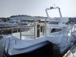 Аренда катера Тримаран. 12 человек, 18км/ч