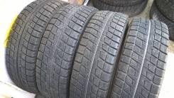 Bridgestone Blizzak Revo2. Всесезонные, 2012 год, 10%, 4 шт