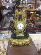 Часы 19 век Франция бронза каминные. Оригинал