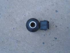 Датчик детонации. Nissan Liberty, RM12