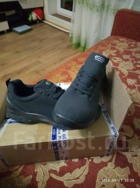 Продам кроссовки Ecco 45 Размер - Обувь в Артеме 90c6cbb81e6c1