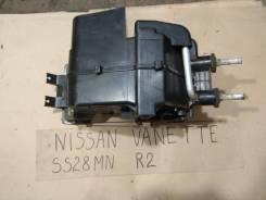 Радиатор отопителя. Nissan Vanette, SS28MN Двигатель R2