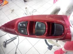 Блок управления стеклоподъемниками. Nissan Juke