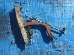 Ручка ручника. Mazda Titan, WG5AT Двигатель XA