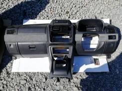 Панель приборов. Mitsubishi Pajero, H65W, H66W, H67W, H76W, H77W Mitsubishi Pajero iO, H61W, H62W, H66W, H67W, H71W, H72W, H76W, H77W Mitsubishi Monte...