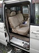 Уплотнитель двери. Nissan Serena, C24, PC24, PNC24, RC24, TC24, TNC24, VC24, VNC24 Двигатели: QR20DE, QR25DE, SR20DE, YD25DDTI2WD, YD25DDTI4WD