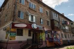 Нежилое помещение 50 кв. м. ул. Некрасова, 4. Улица Некрасова 4, р-н 34 Треста, 50,0кв.м.