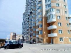 63 кв. м. — 1 этаж, отд. вход, доступная цена, напротив Школа. Улица Леонова 66 стр. 2, р-н Эгершельд, 63кв.м. Дом снаружи