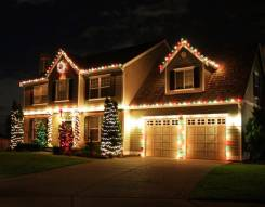 Украшение фасадов домов, офисов на НГ и круглогодичная подсветка