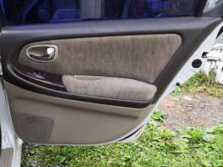 Обшивка двери. Nissan Maxima, A33 Nissan Cefiro, A33