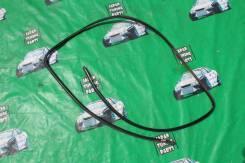 Молдинг лобового стекла. Toyota Mark II, GX100, GX105, JZX100, JZX101, JZX105, LX100 Toyota Chaser, GX100, GX105, JZX100, JZX101, JZX105, LX100, SX100...