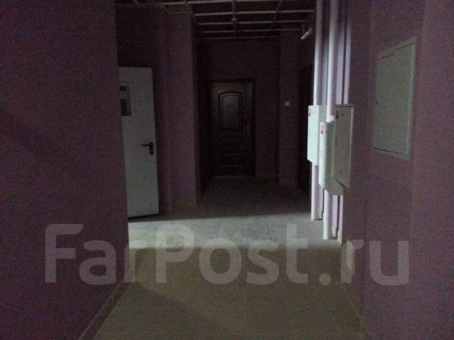 3-комнатная, улица Тигровая 16а. Центр, частное лицо, 136кв.м. Прихожая