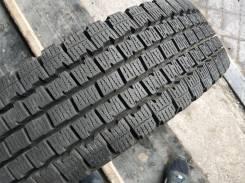 Bridgestone Blizzak Revo 969. всесезонные, 2016 год, б/у, износ до 5%