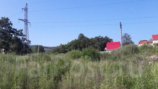 Продам участок в Кедре. 850кв.м., собственность, от агентства недвижимости (посредник). Фото участка