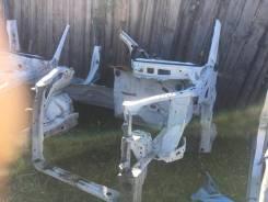 Рамка радиатора. Toyota Voxy, AZR60, AZR60G, AZR65, AZR65G Двигатель 1AZFSE